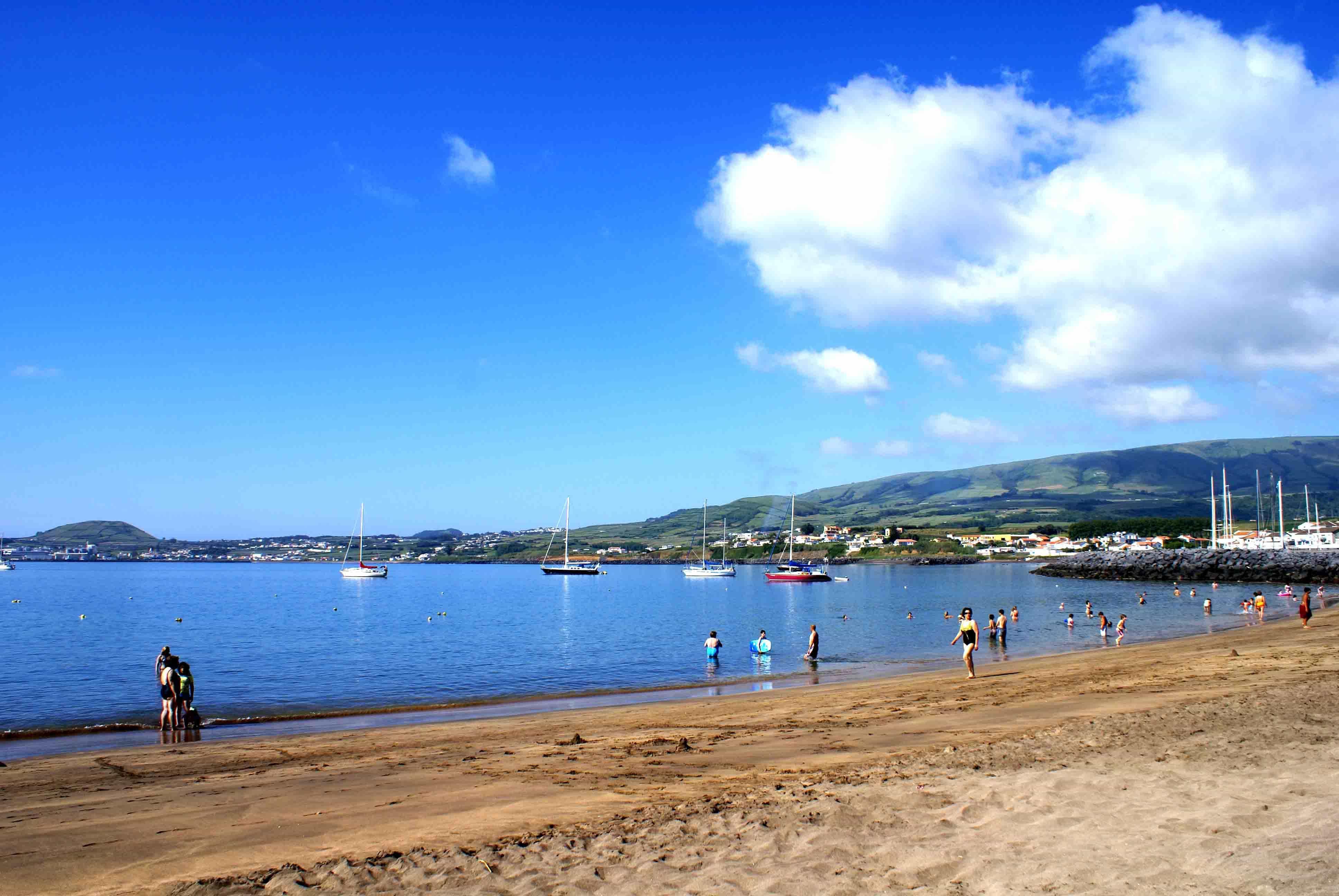 COA rejeita que haja maior incidência de cancro na Praia da Vitória