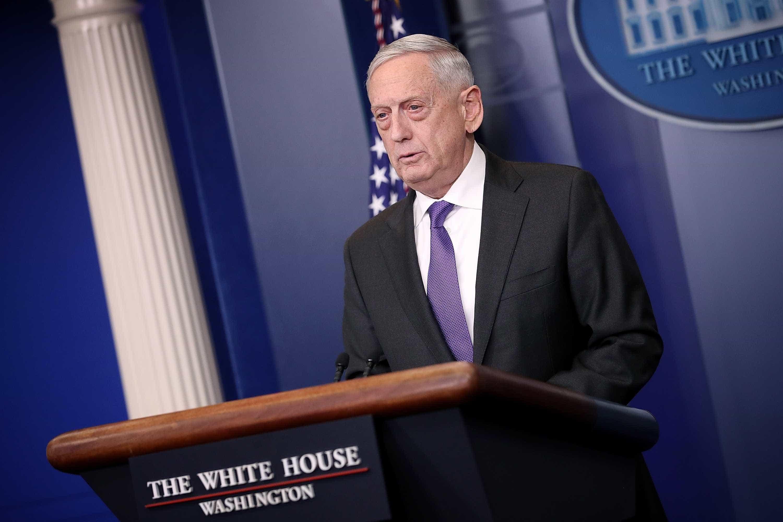 Secretário da Defesa Jim Mattis demite-se em choque com Donald Trump