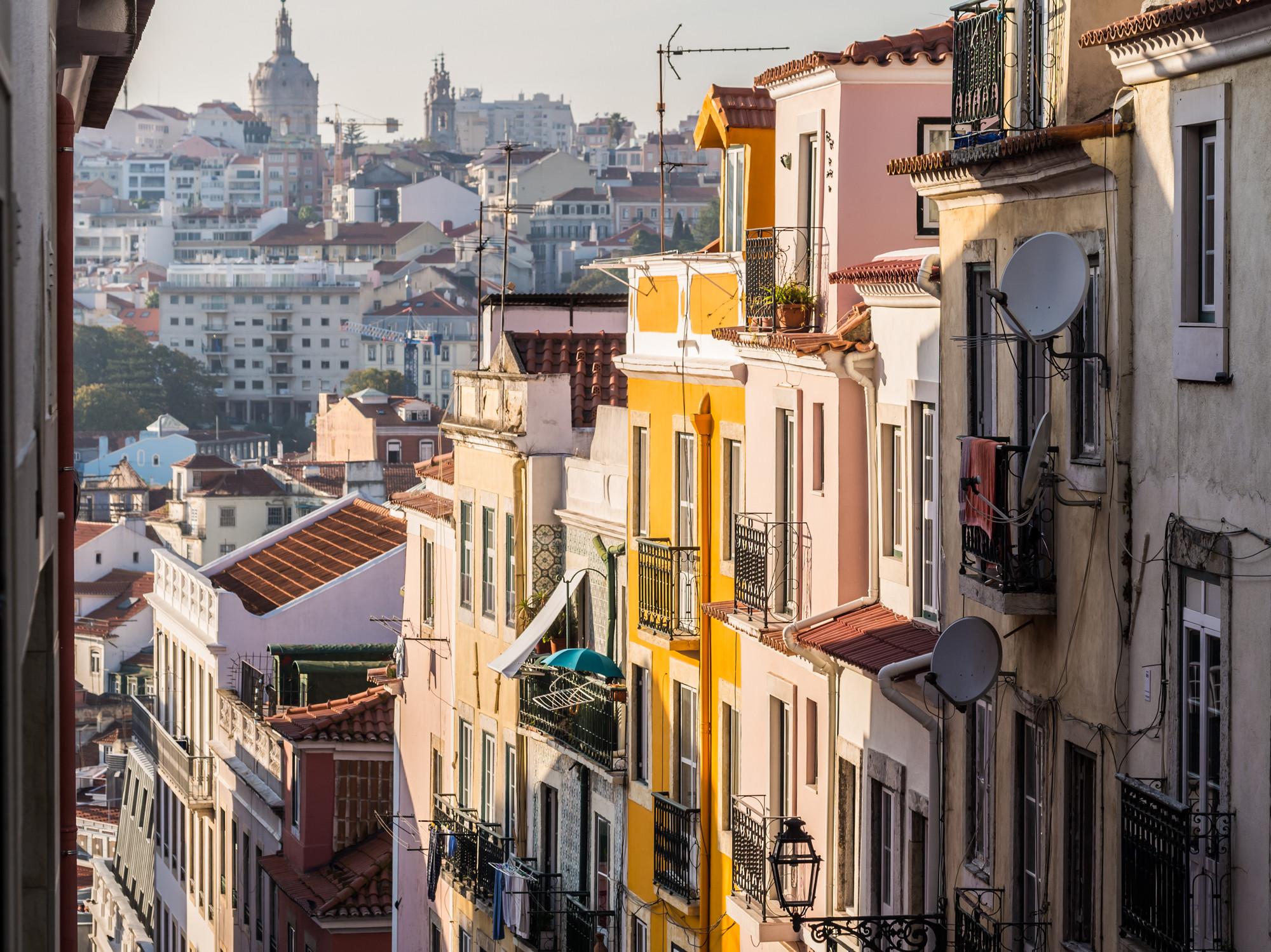Pedida fiscalização da lei do direito de preferência dos inquilinos