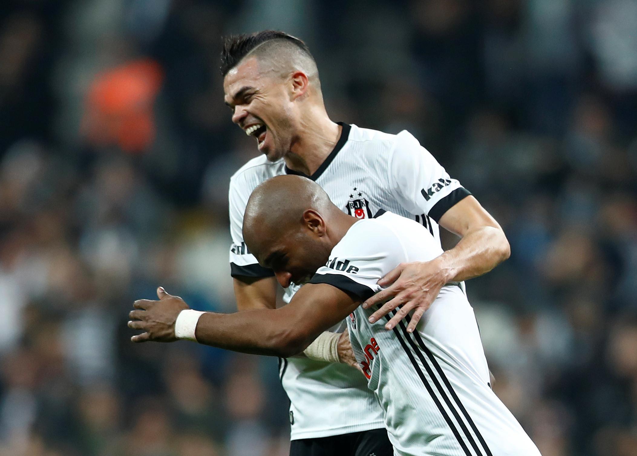 Atenção FC Porto: Italianos colocam Pepe a caminho do Monaco