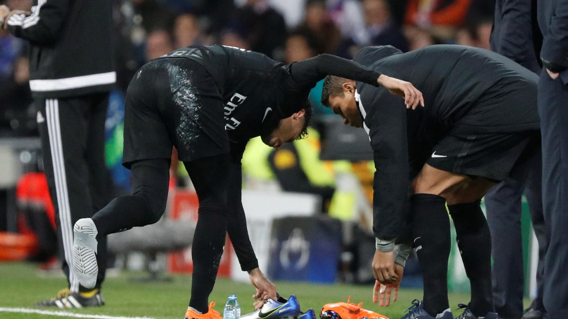 08ed70ffa8 Neymar não gostou das chuteiras Nike que utilizou e irritou-se