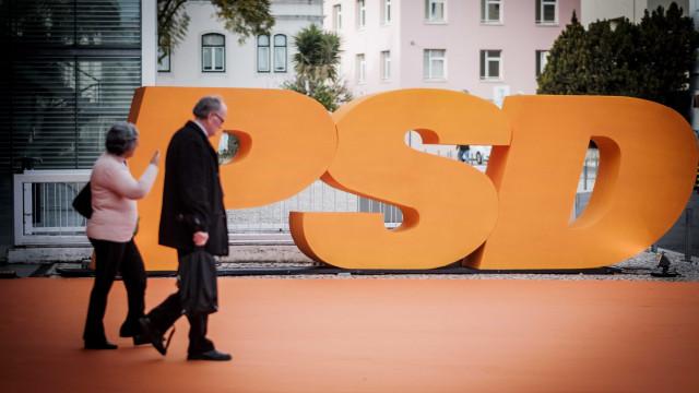 PSD propõe audições de quatro atuais ministros e quer visita aos paióis