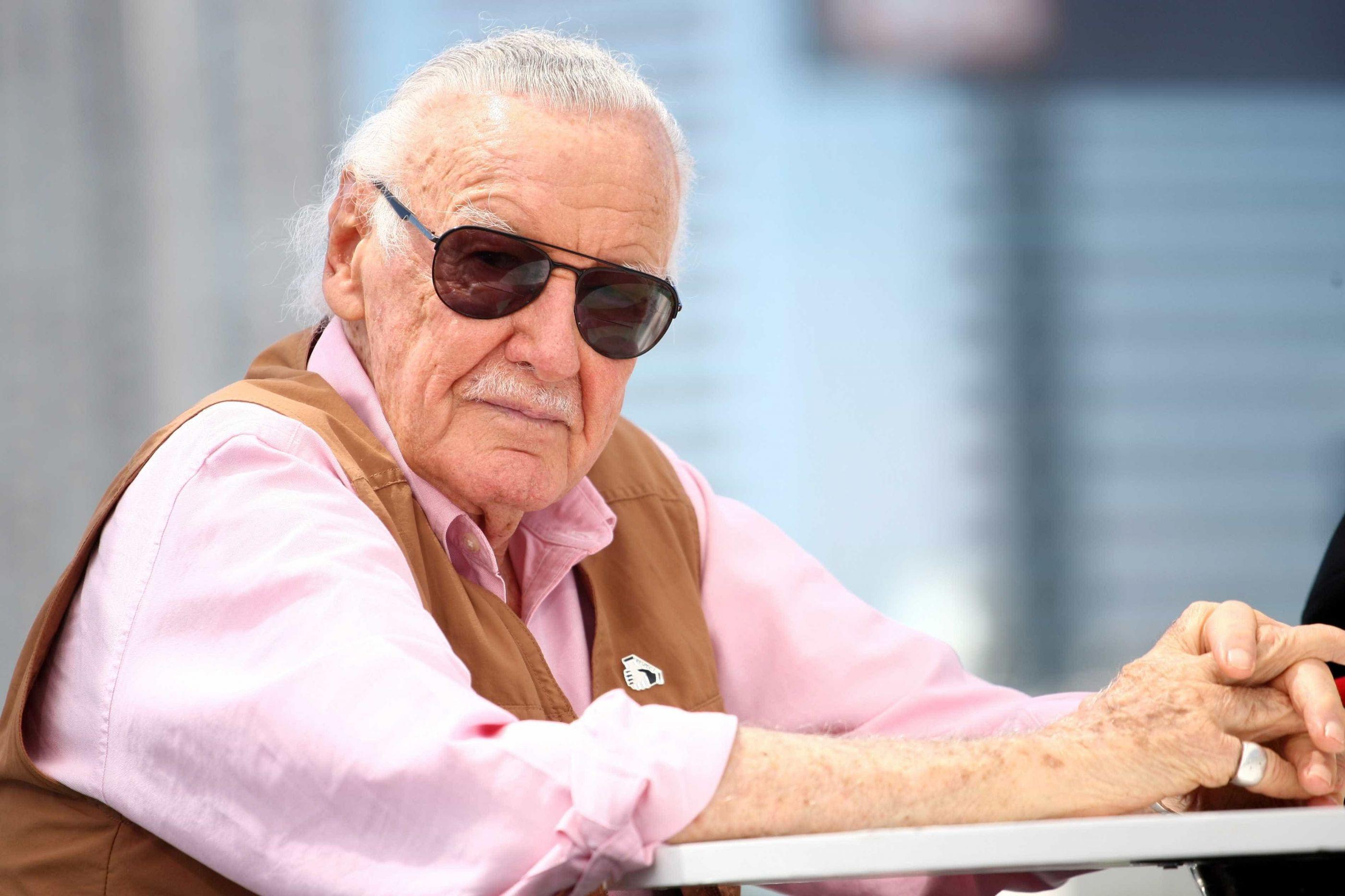 Revelada causa da morte de Stan Lee, o criador de super-heróis