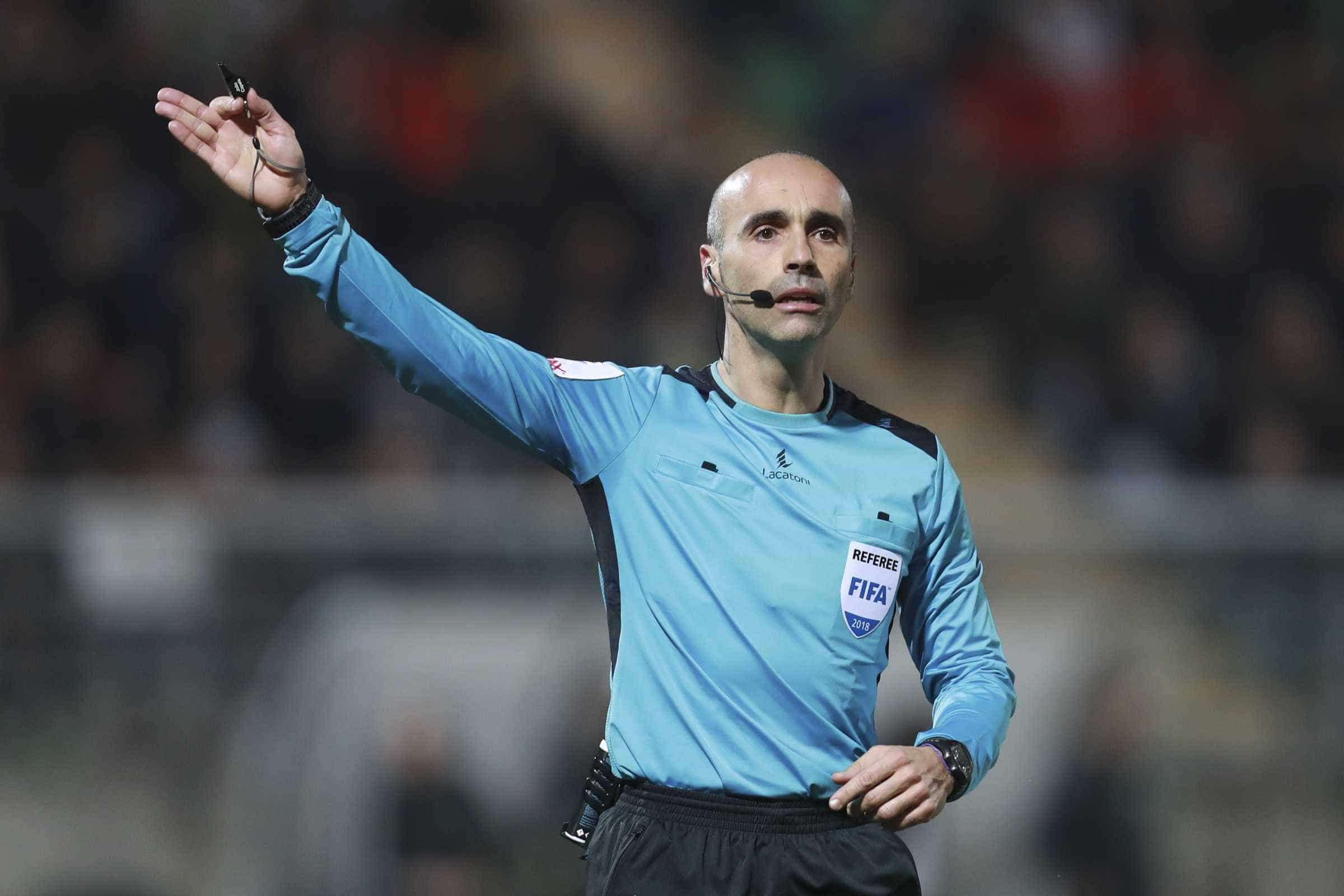 João Capela é o árbitro para o Santa Clara-Benfica