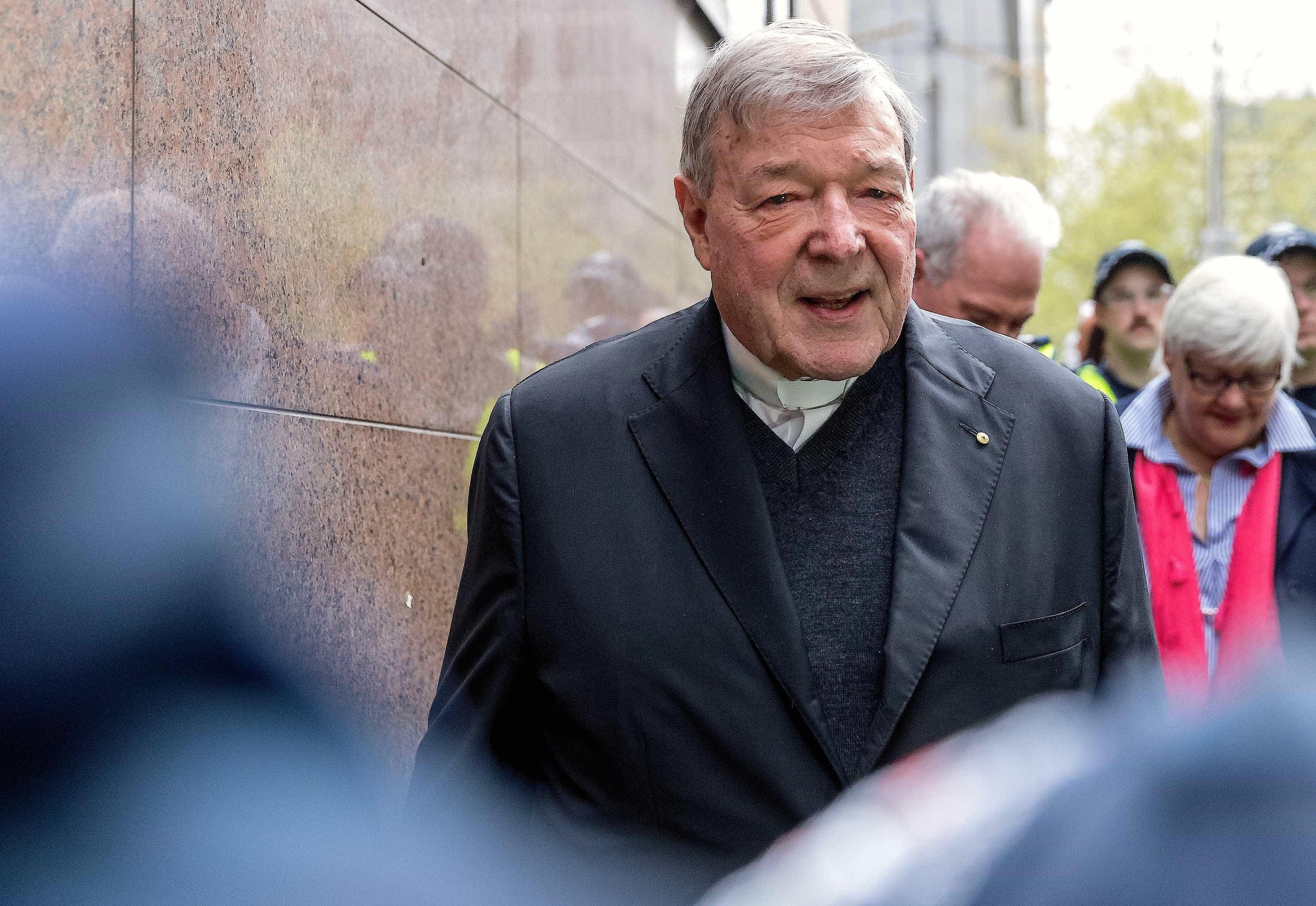 Tribunal australiano ordena detenção do cardeal condenado por pedofilia