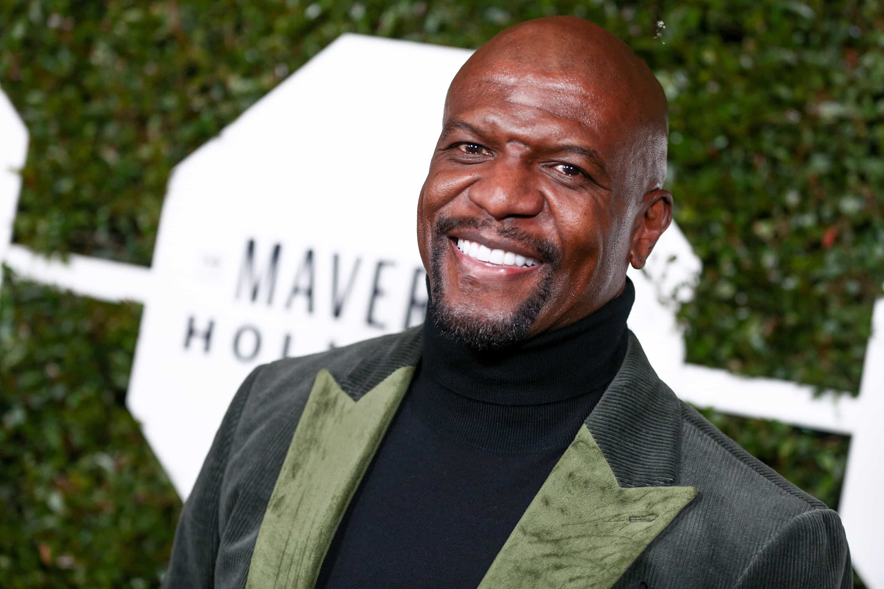 Terry Crews junta-se a Jeff Bezos e acusa tablóide de chantagem