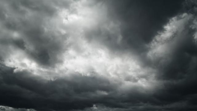 Não se deixe enganar pelo sol. Céu nublado vai 'pintar' o fim de semana
