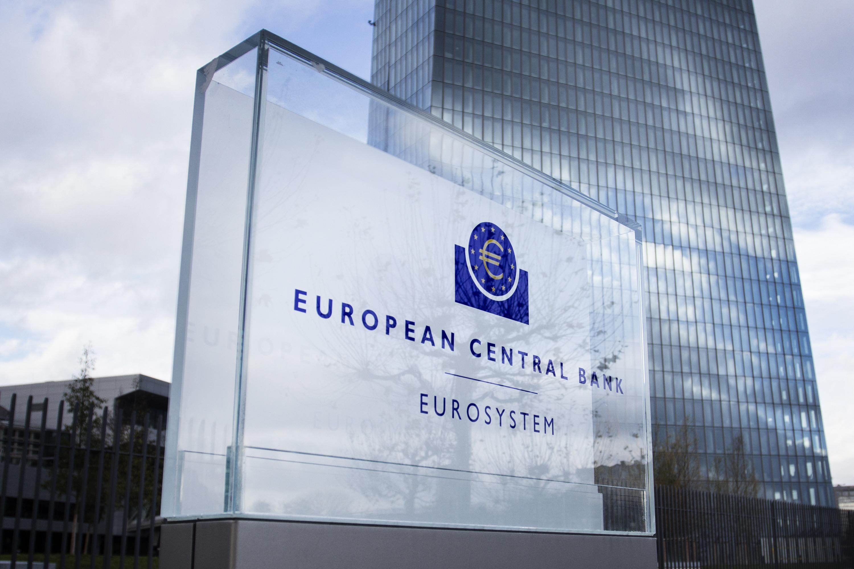 BCE afirma que reduziu desde 2011 diferenças entre mulheres e homens