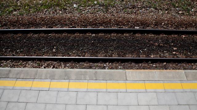 Jovem morre colhido por comboio porque tinha auscultadores nos ouvidos