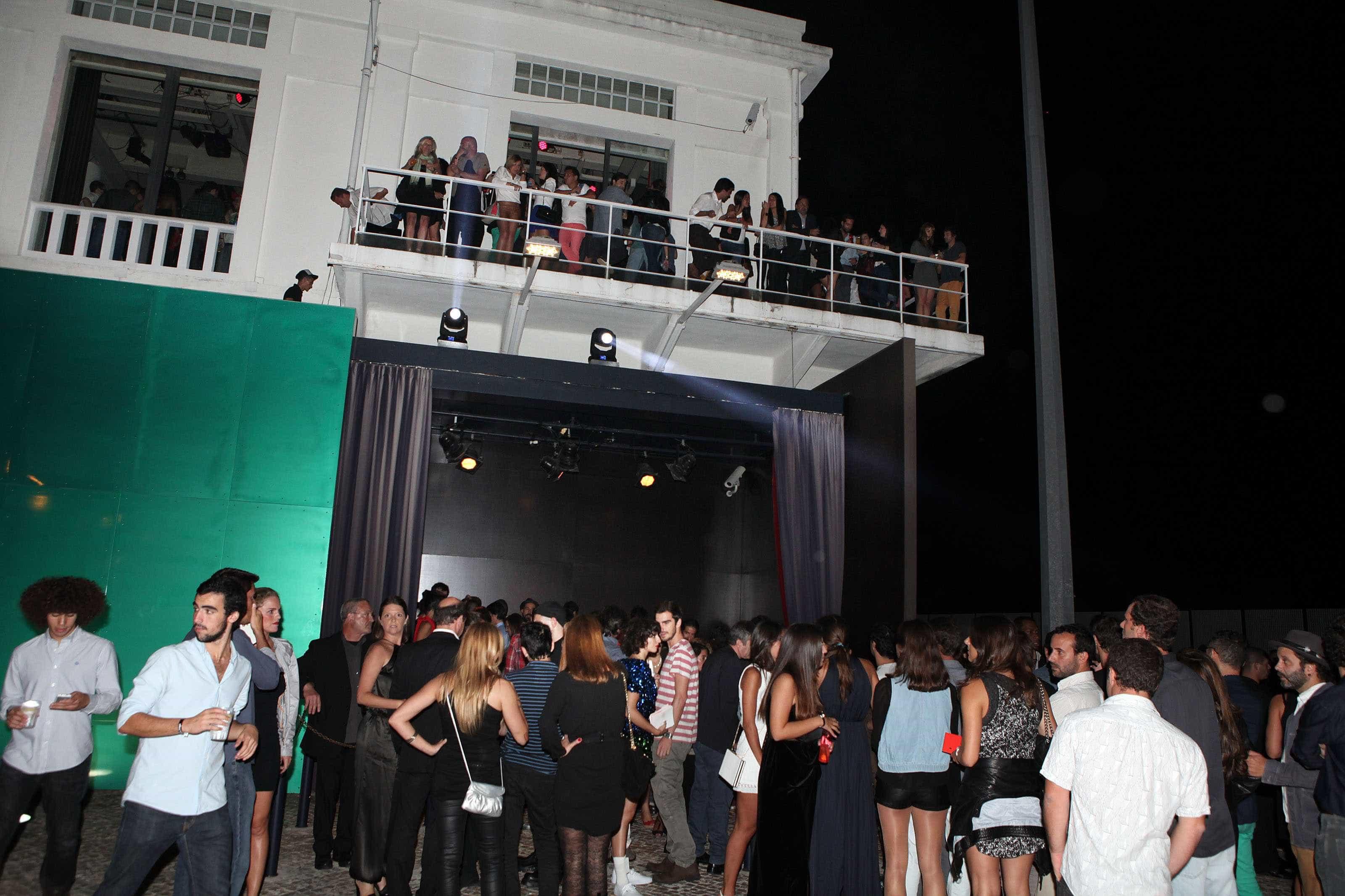 Coro Gulbenkian leva Karlheinz Stockhausen à discoteca Lux