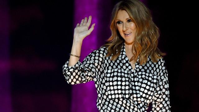 Céline Dion surpreende noivos e canta em casamento