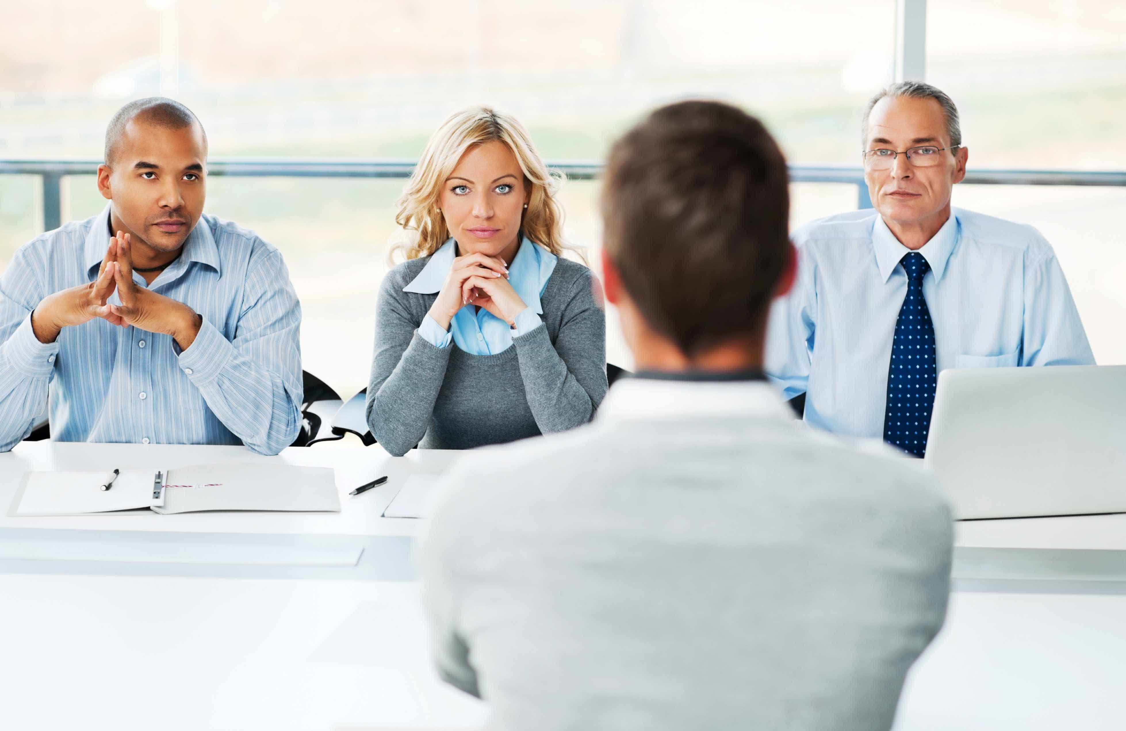 ROFFquer contratar 230 consultores no próximo ano