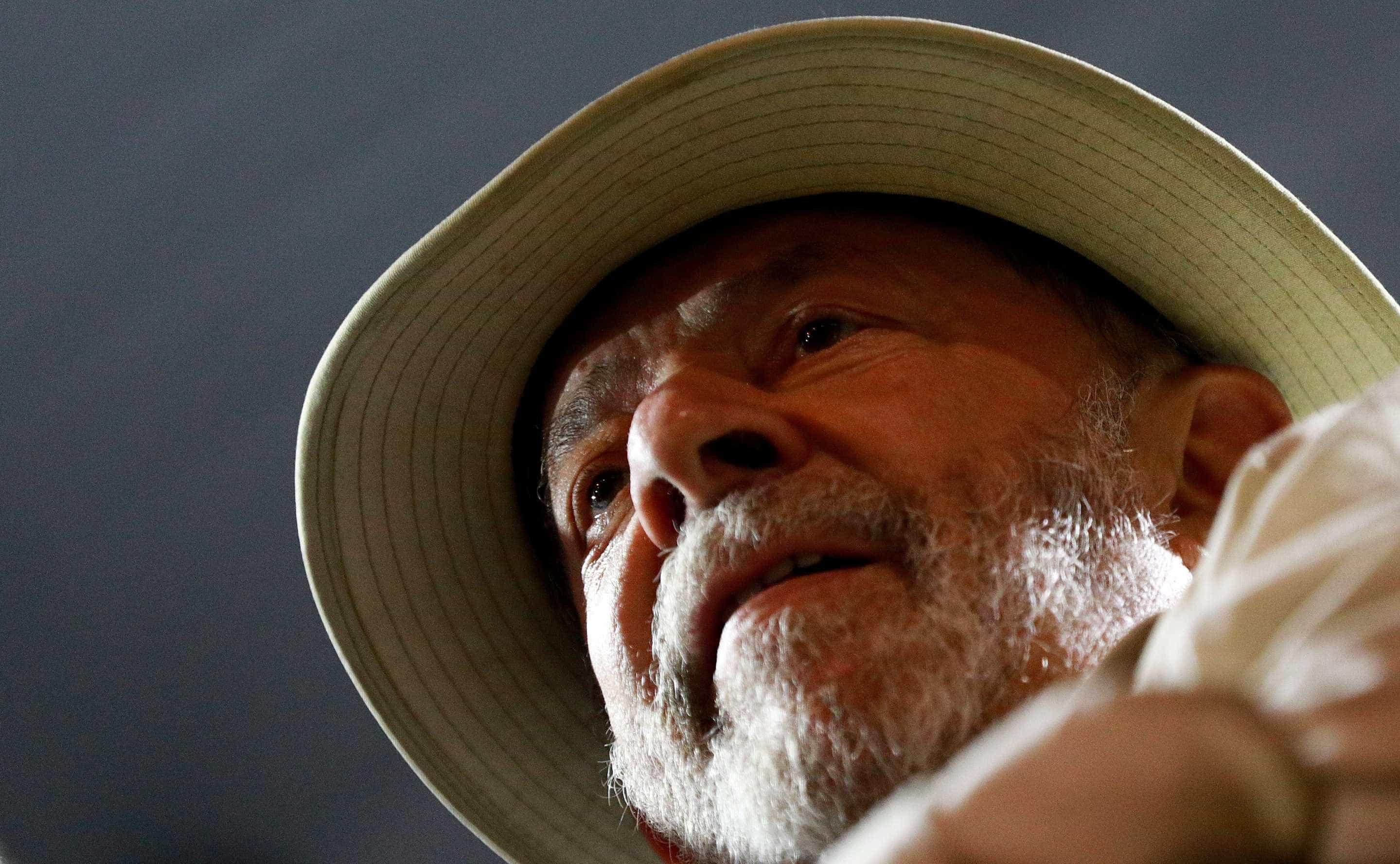 Está suspensa a decisão que poderia ditar a libertação de Lula da Silva