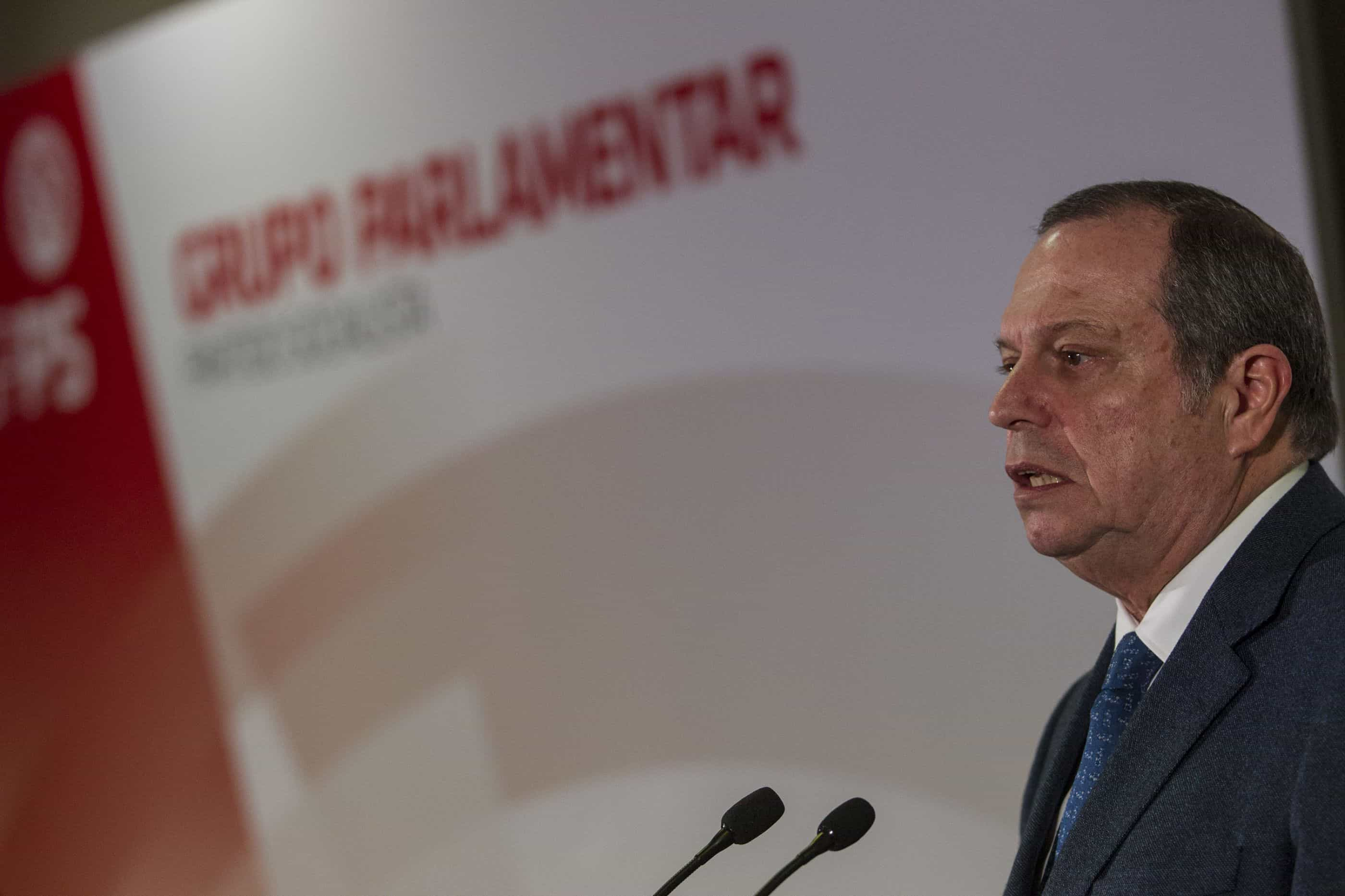 César pede aos eleitores que julguem Governo já em maio nas Europeias