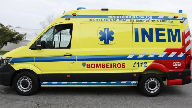 Sintra: Colisão entre ligeiro e ambulância faz três feridos