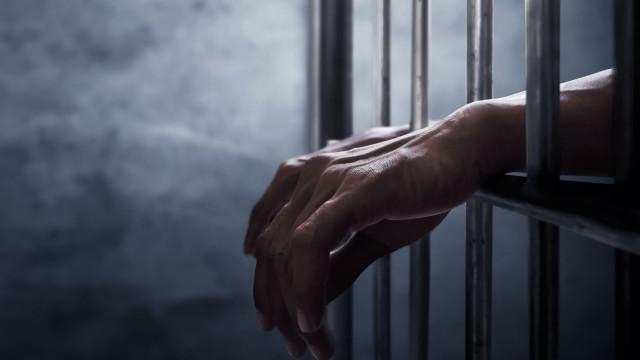 Homem detido na Trofa depois de agredir mulher, filho menor e sogro