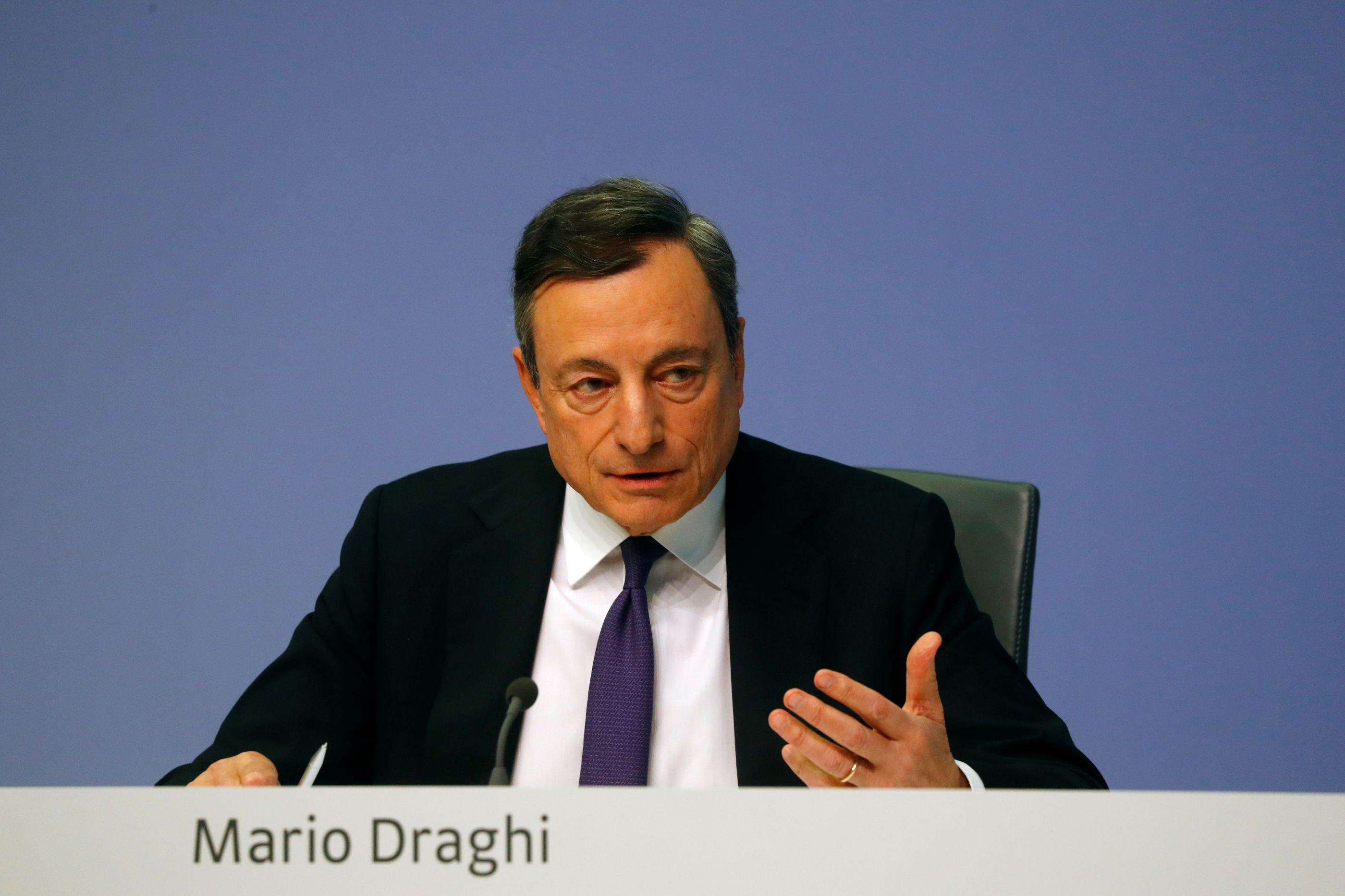 Draghi avisa sobre os riscos globais que ameaçam a economia da zona euro