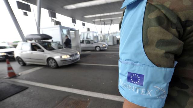 Eurodeputados aprovam corpo permanente de 10 mil agentes nas fronteiras