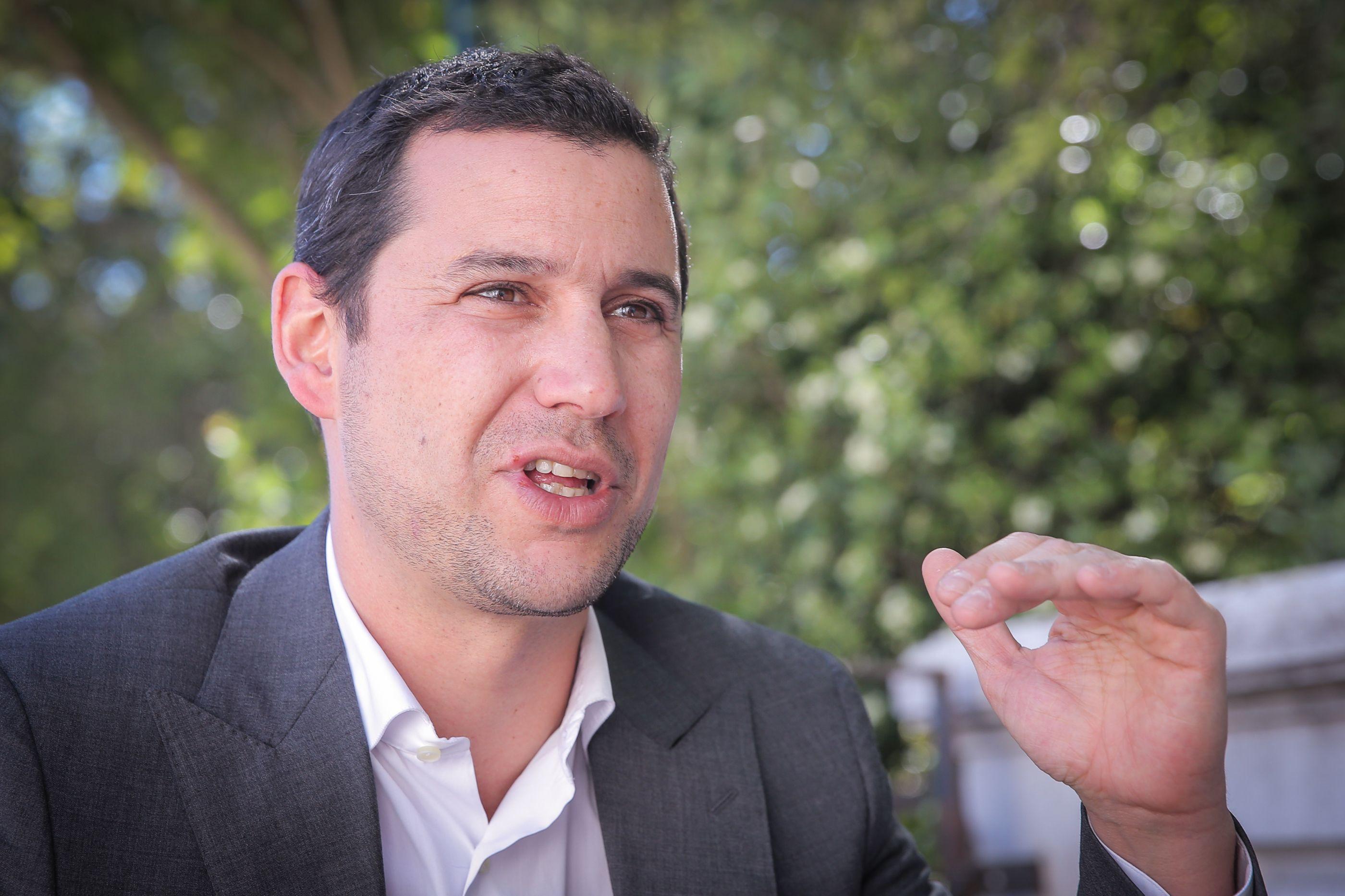 Galamba diz que decreto de governo de Passos prejudicou consumidores