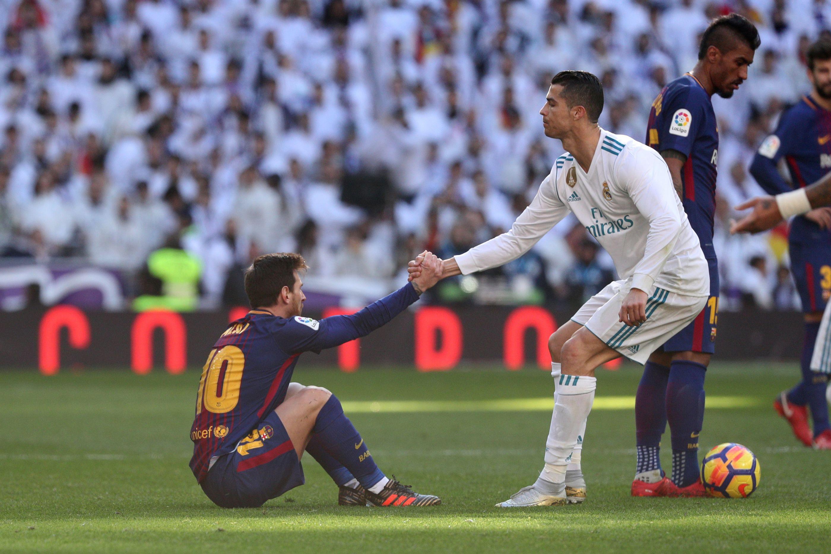 Destino volta a uni-los. Messi iguala recorde histórico de Cristiano