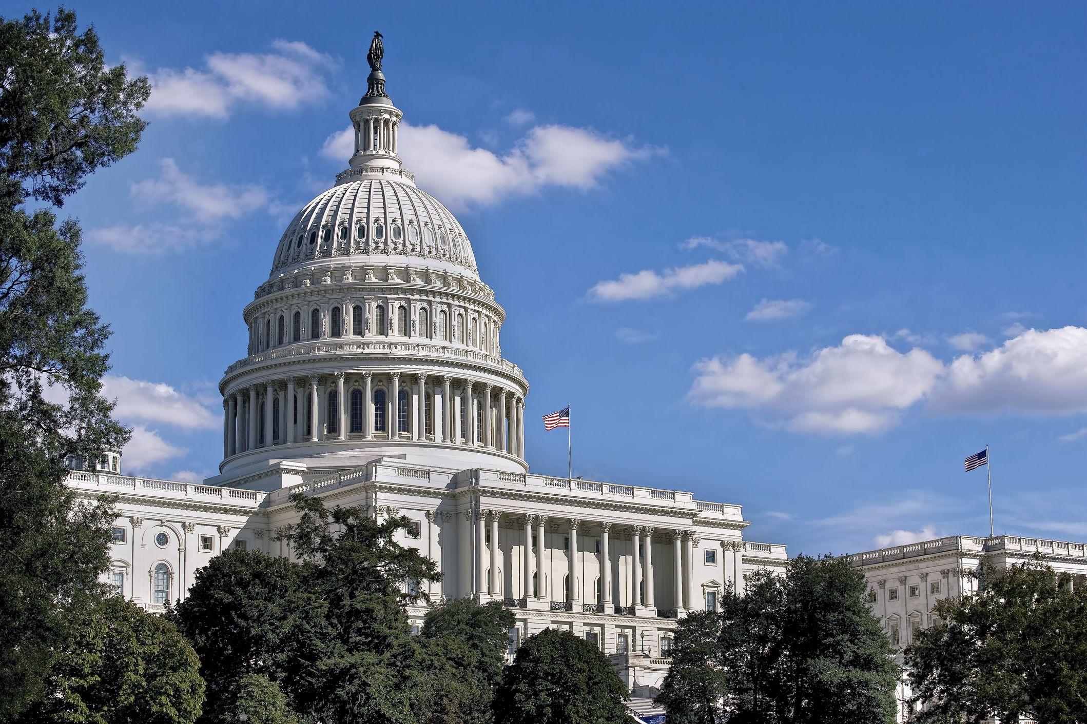 'Shutdown' parcial mantém-se. Senado encerrou sessão sem acordo para muro