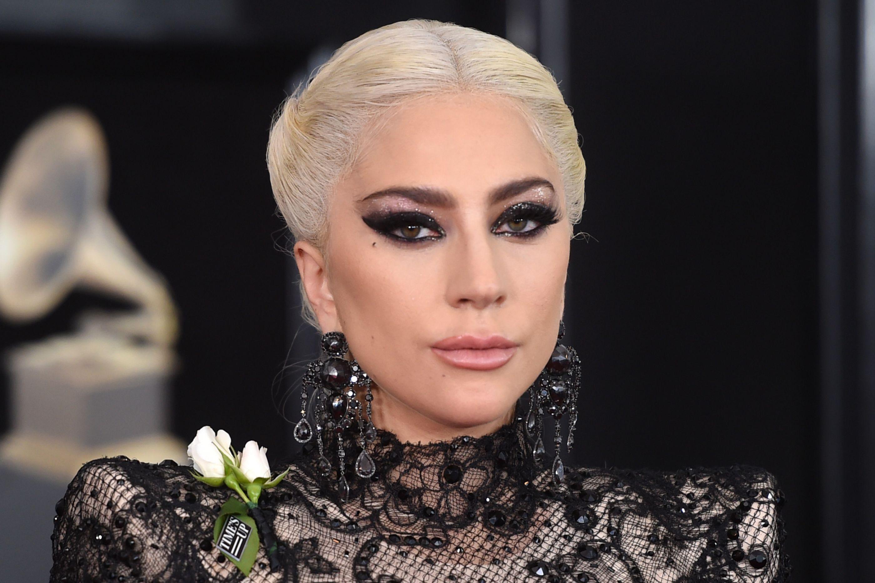 Confirma-se: Chegou ao fim o noivado de Lady Gaga e Christian Carino