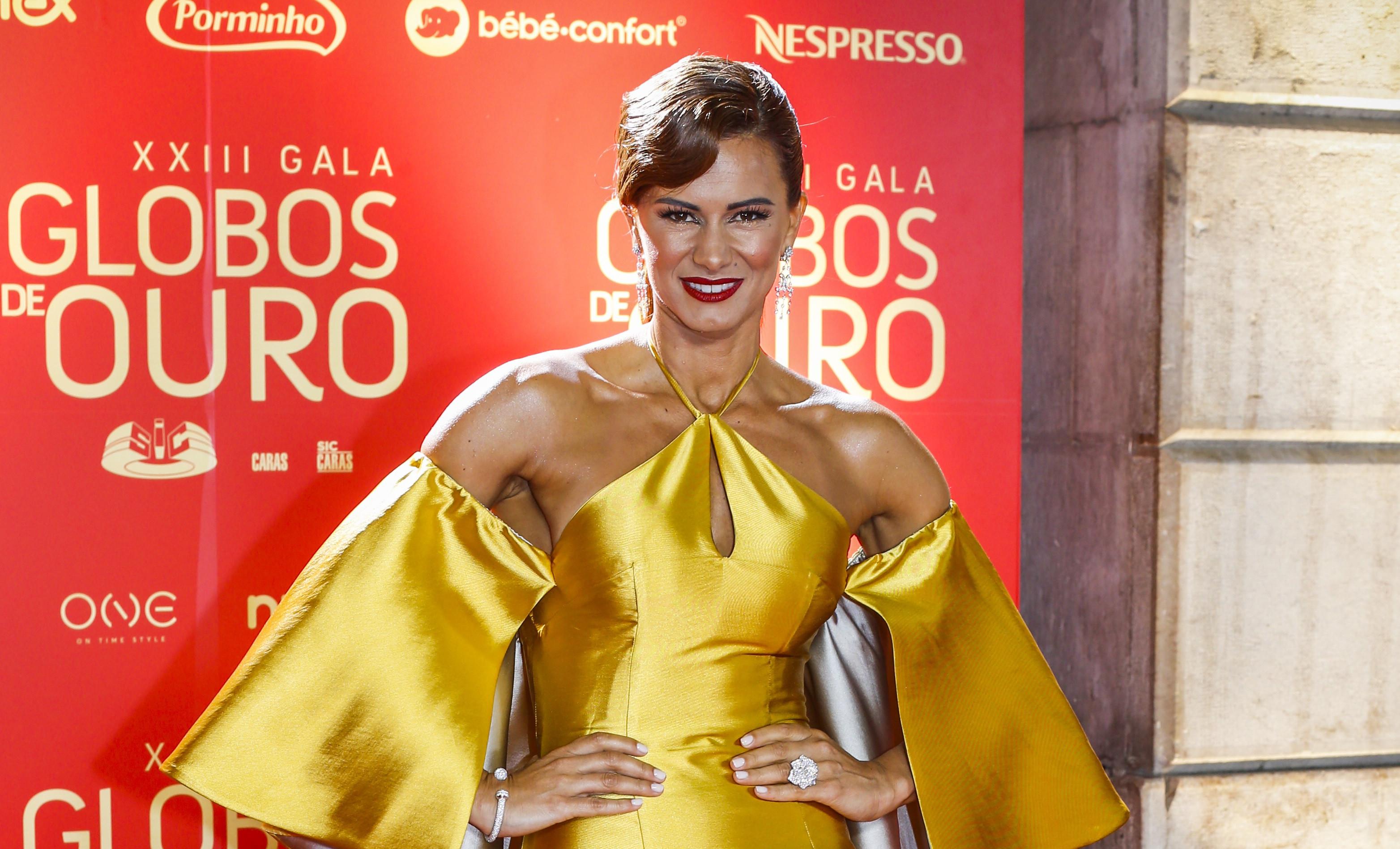 """Cláudia Vieira surpreende fãs com foto. """"Até arrepia"""""""