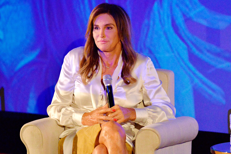 Caitlyn Jenner diz que está a salvo, após casa ser destruída pelas chamas