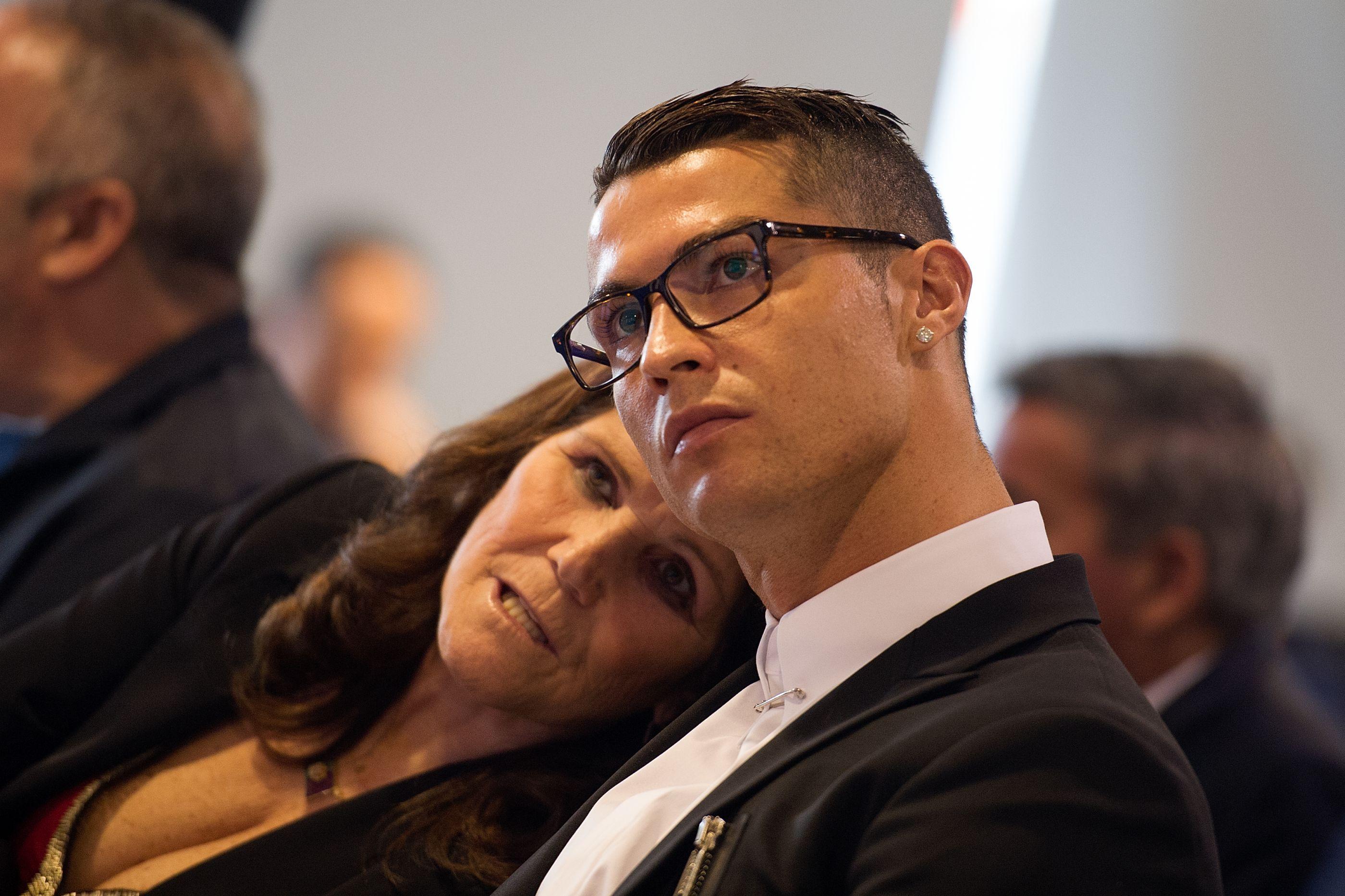 """Dolores Aveiro reage à derrota do filho: """"A vida continua"""""""