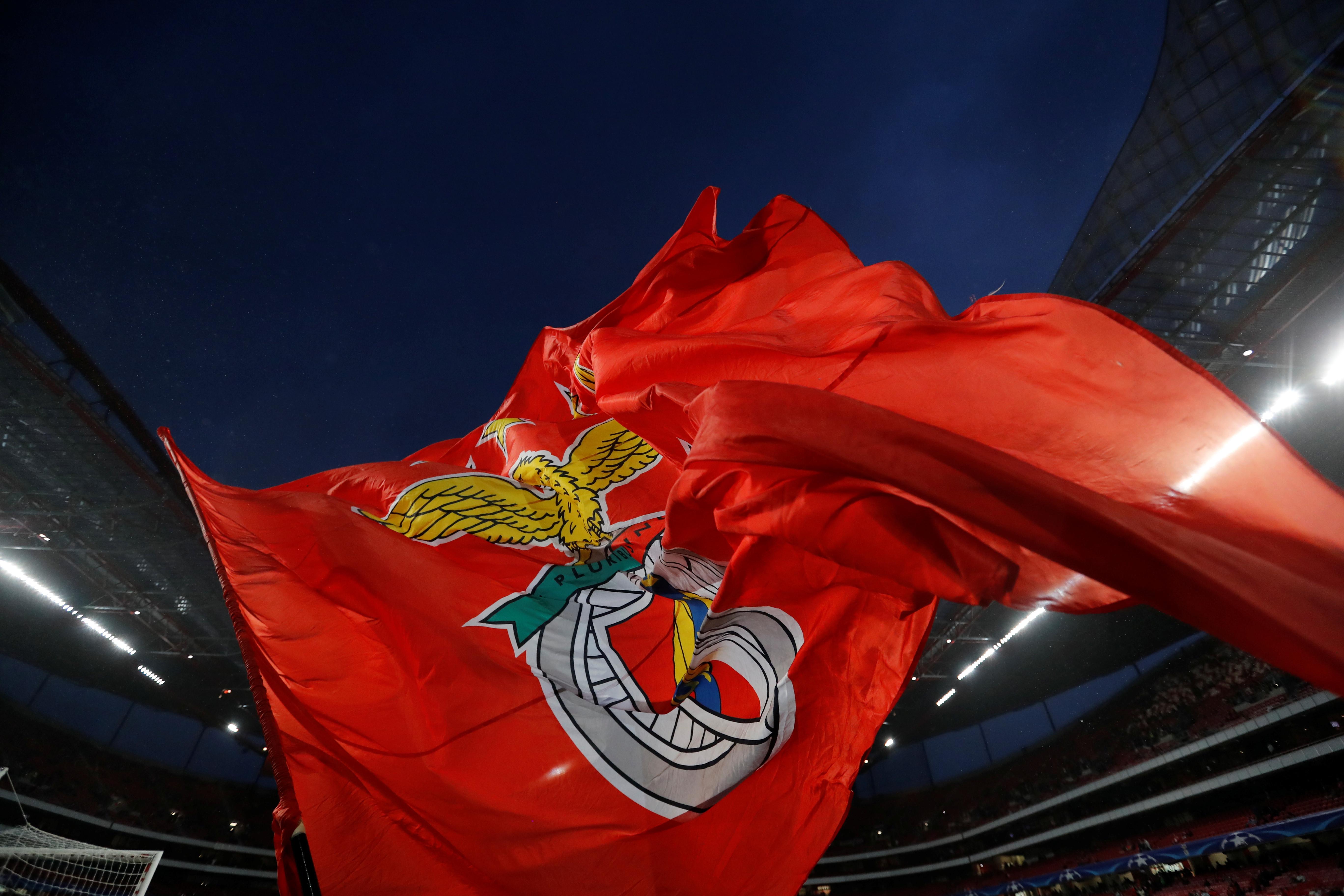 Benfica multado por críticas à arbitragem