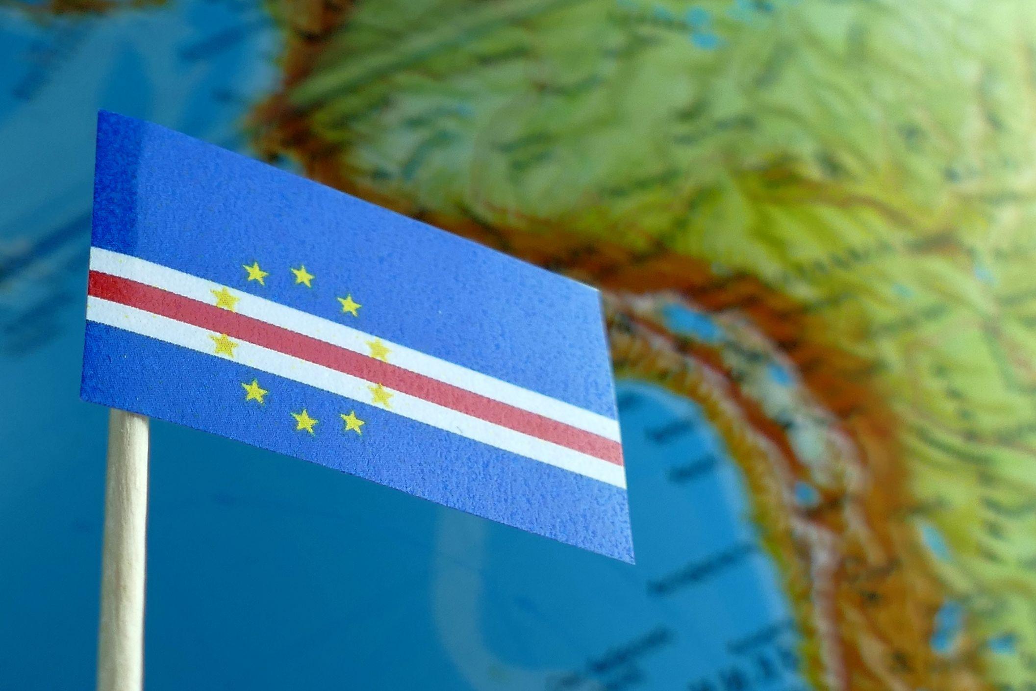 Mais de mil marcham em Cabo Verde a exigir voos dos TACV
