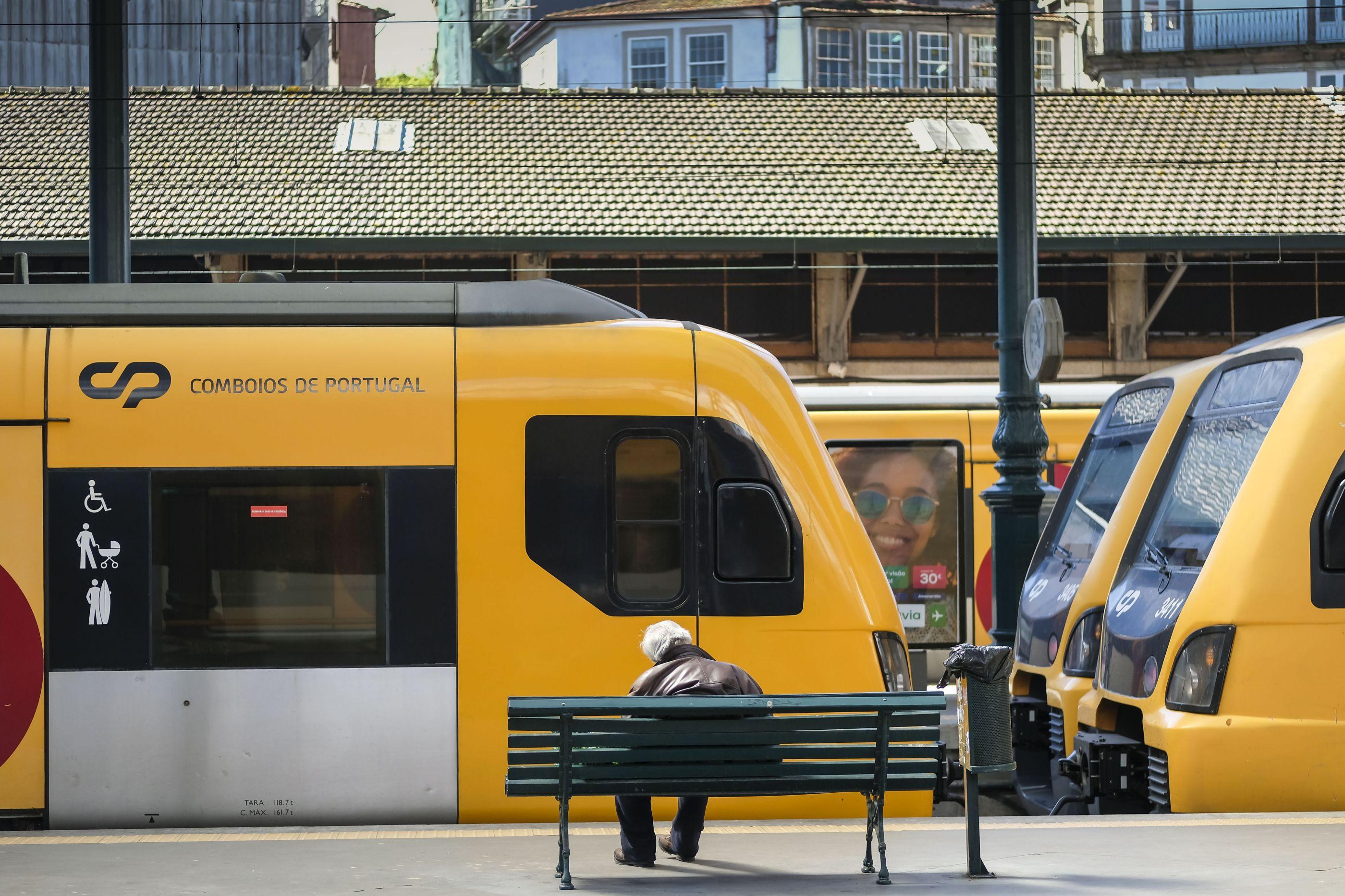 Greve da Infraestruturas de Portugal suprime 80% a 90% dos comboios
