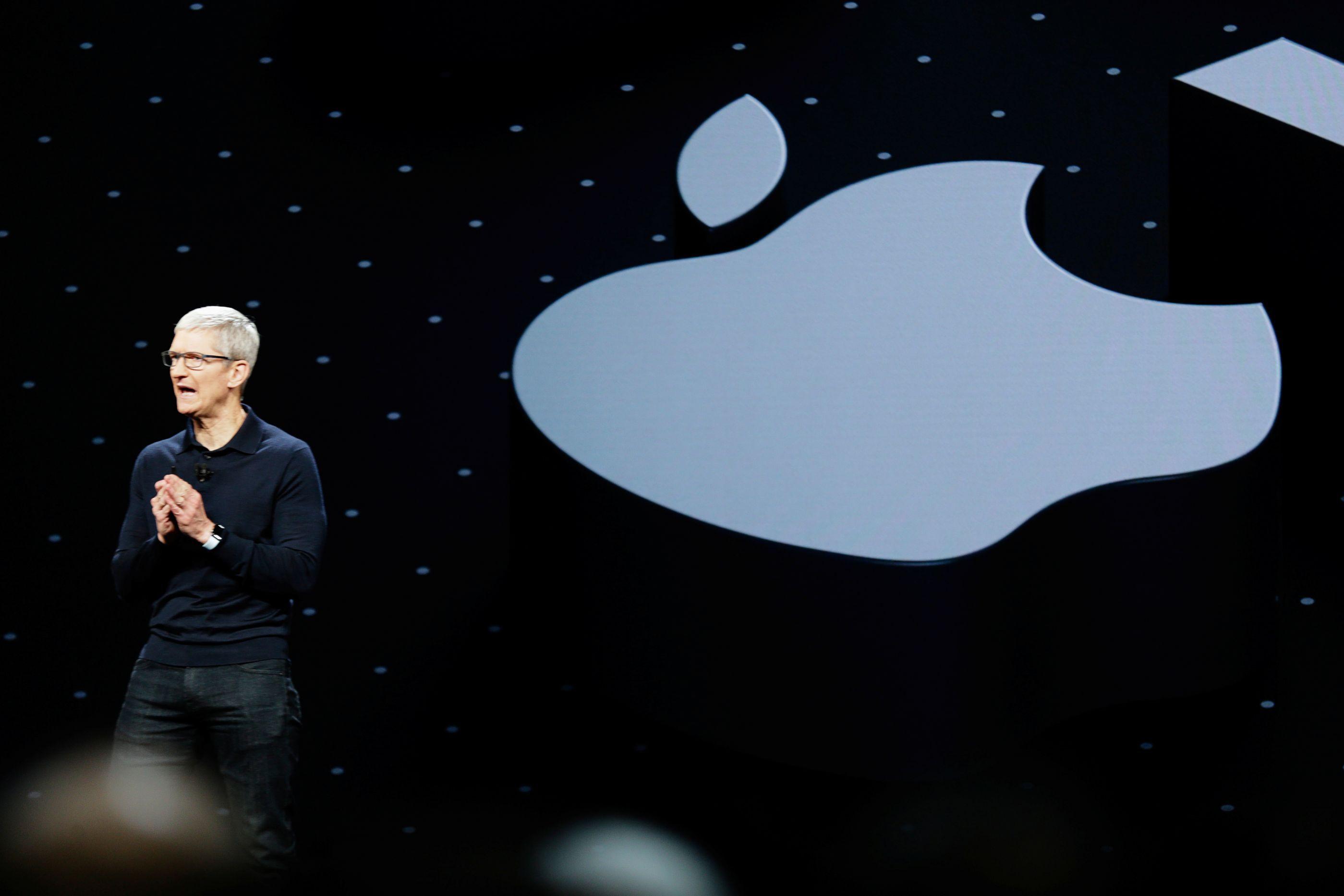 Vendas fracas de iPhone custarão à Apple quase oito mil milhões de euros