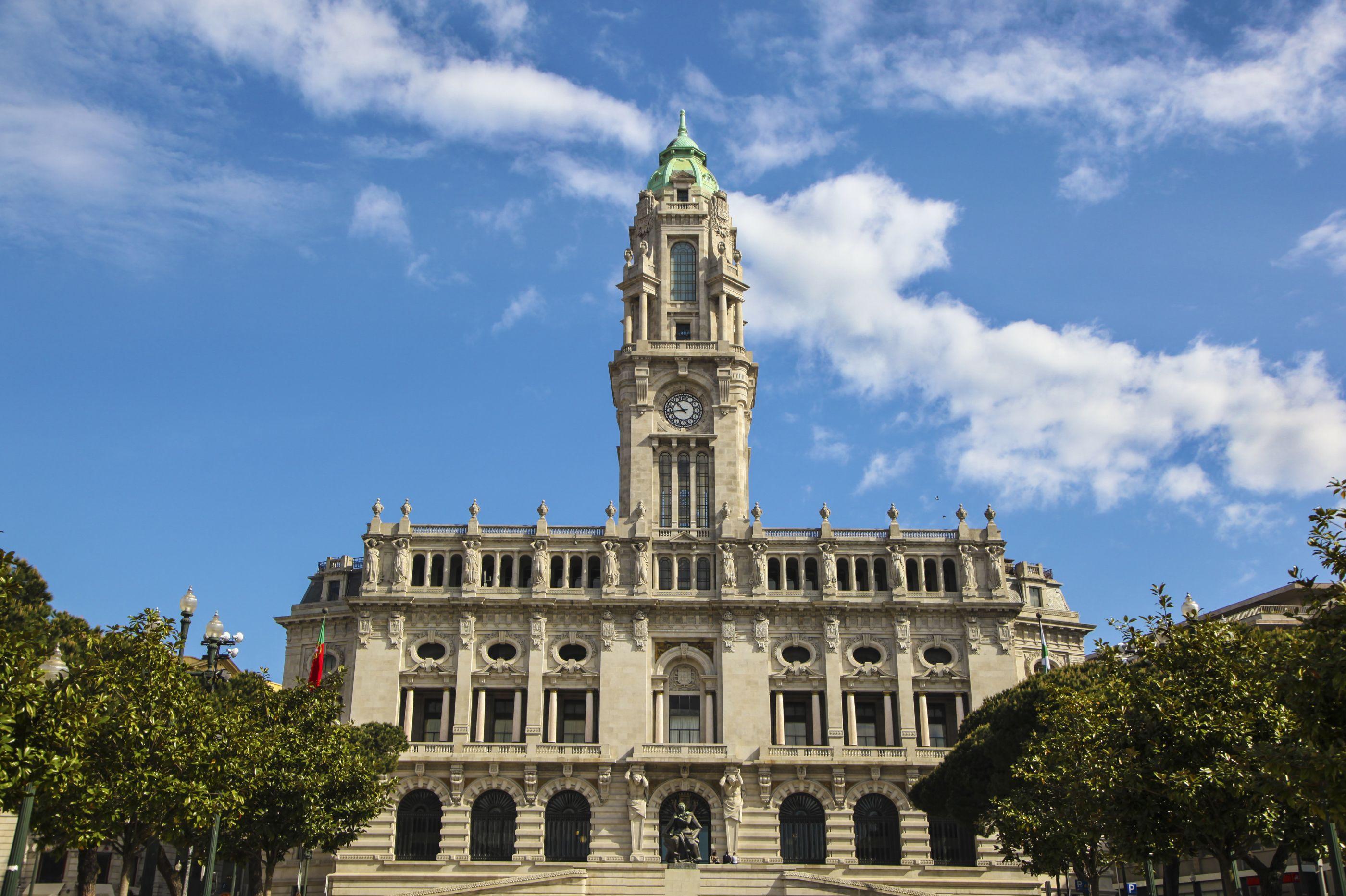 Câmara do Porto envia equipas e 100 mil euros para hospital em Moçambique