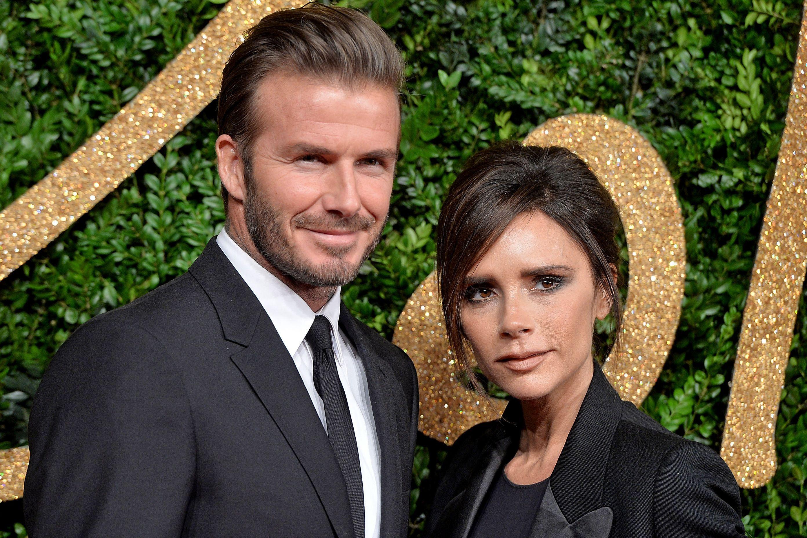 David Beckham mimou as suas duas meninas no Dia dos Namorados