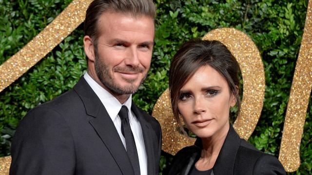 Victoria Beckham irritada por causa de amizade do marido com modelo