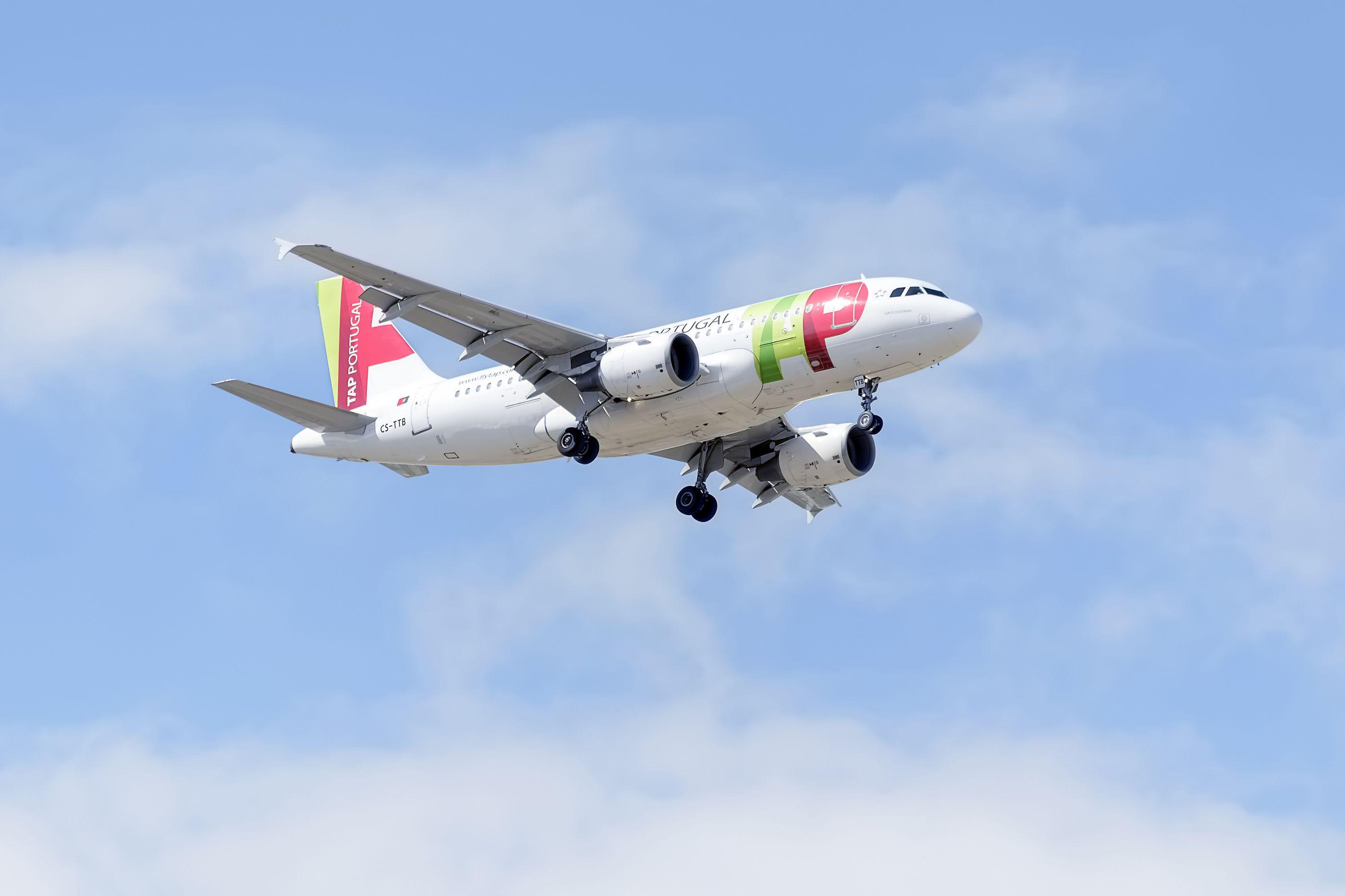 Avião da TAP a caminho de Bolonha teve de regressar por anomalia técnica