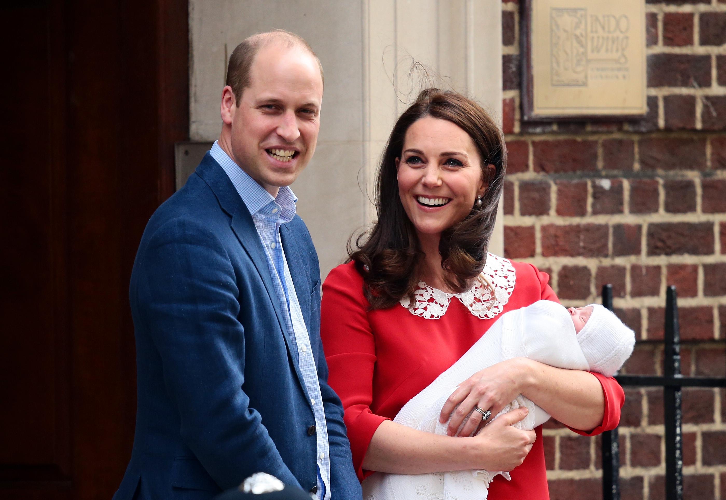 Esta foto é a prova de que o príncipe Louis é igual à mãe, Kate Middleton