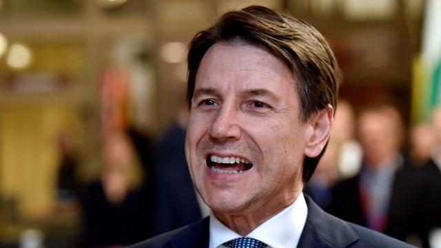 Primeiro-ministro italiano confiante que diálogo vai evitar sanções
