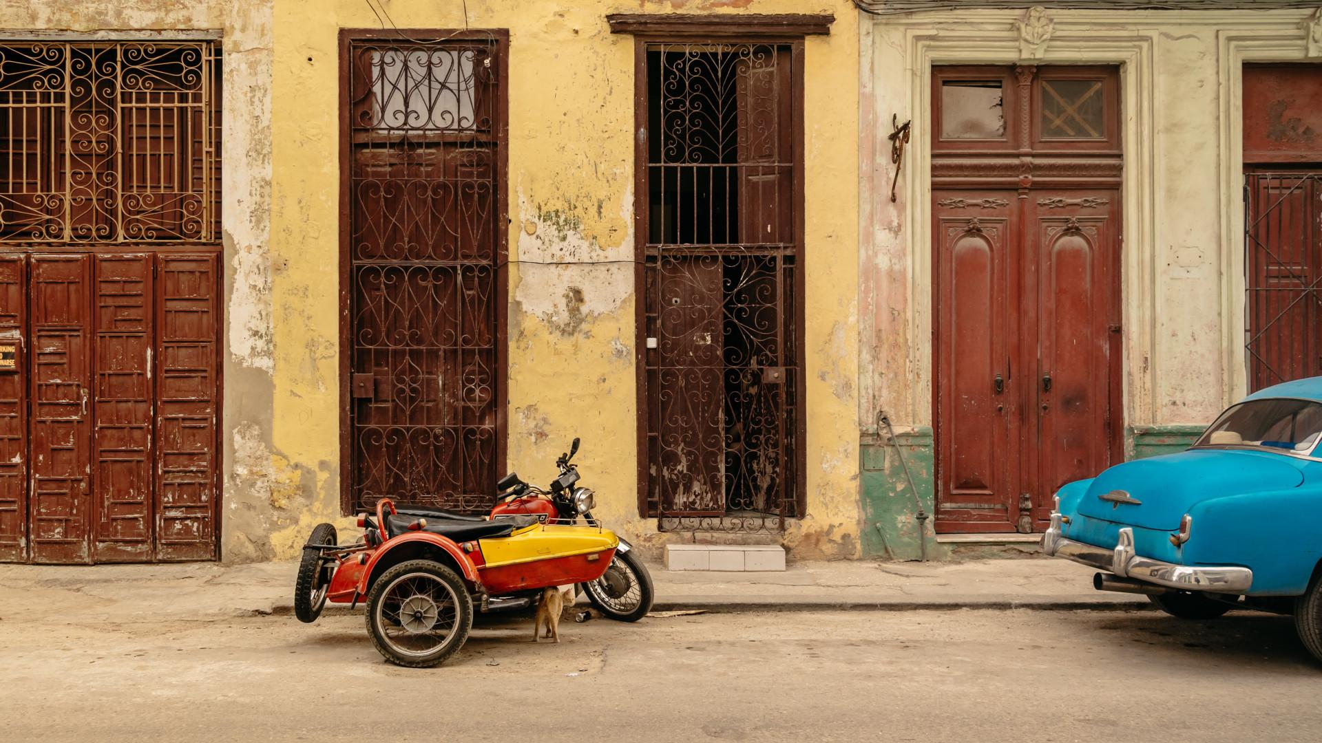 Carro invade passeio em Havana e faz quatro mortos e 21 feridos