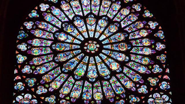 Já foram doados 600 milhões para a reconstrução de Notre-Dame