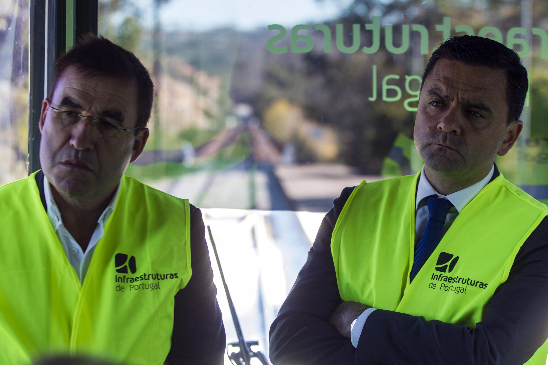 """Ferrovia 2020: Governo congratula-se com """"taxa de execução de 40%"""""""