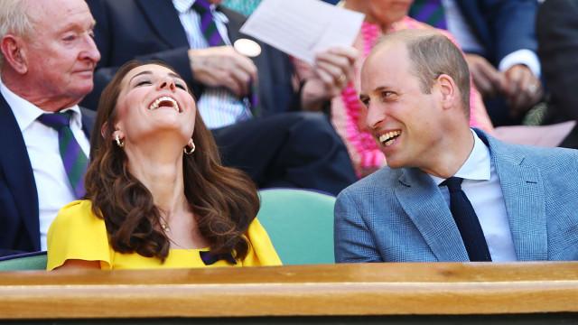William e Kate Middleton fazem passeio em família no campo