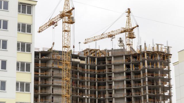 Subida da produção na construção abranda para 2,2% em janeiro