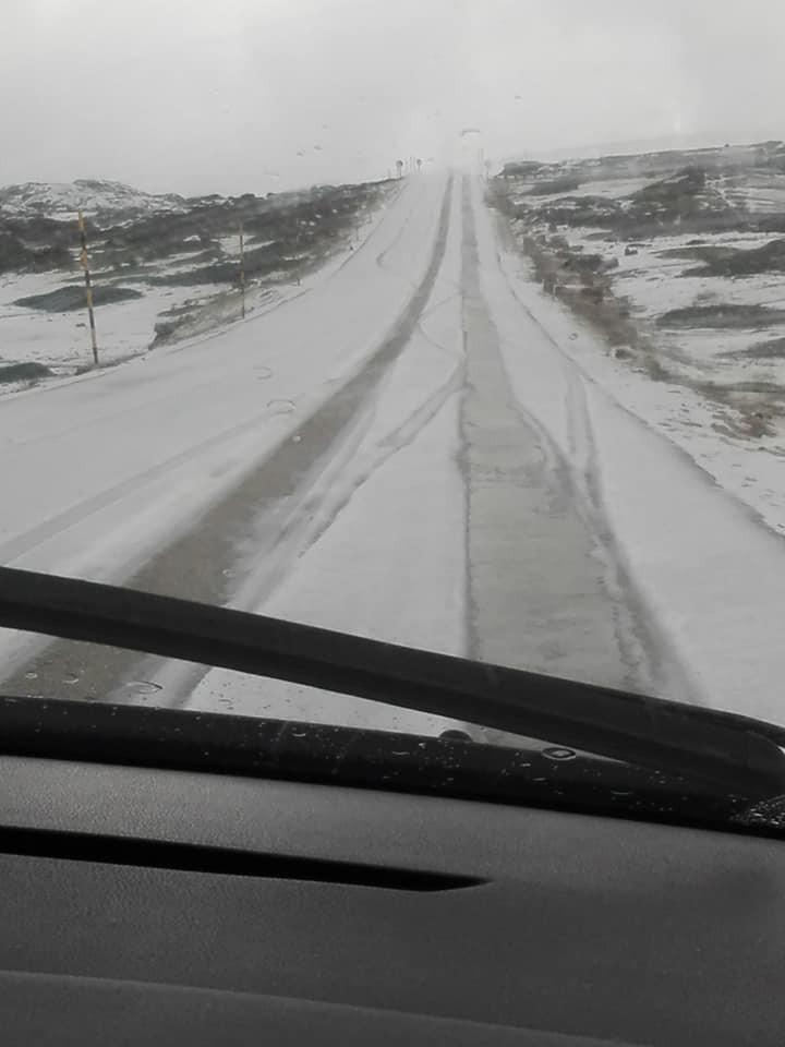GNR fecha EN338 devido a desmoronamento de terras