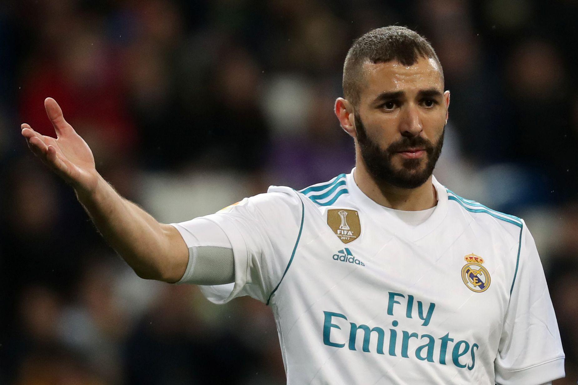 """Benzema taxativo: """"Ronaldo já não está em Madrid"""""""