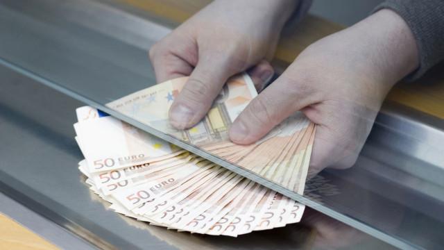 Função Pública ainda não recebe este mês subida da remuneração base