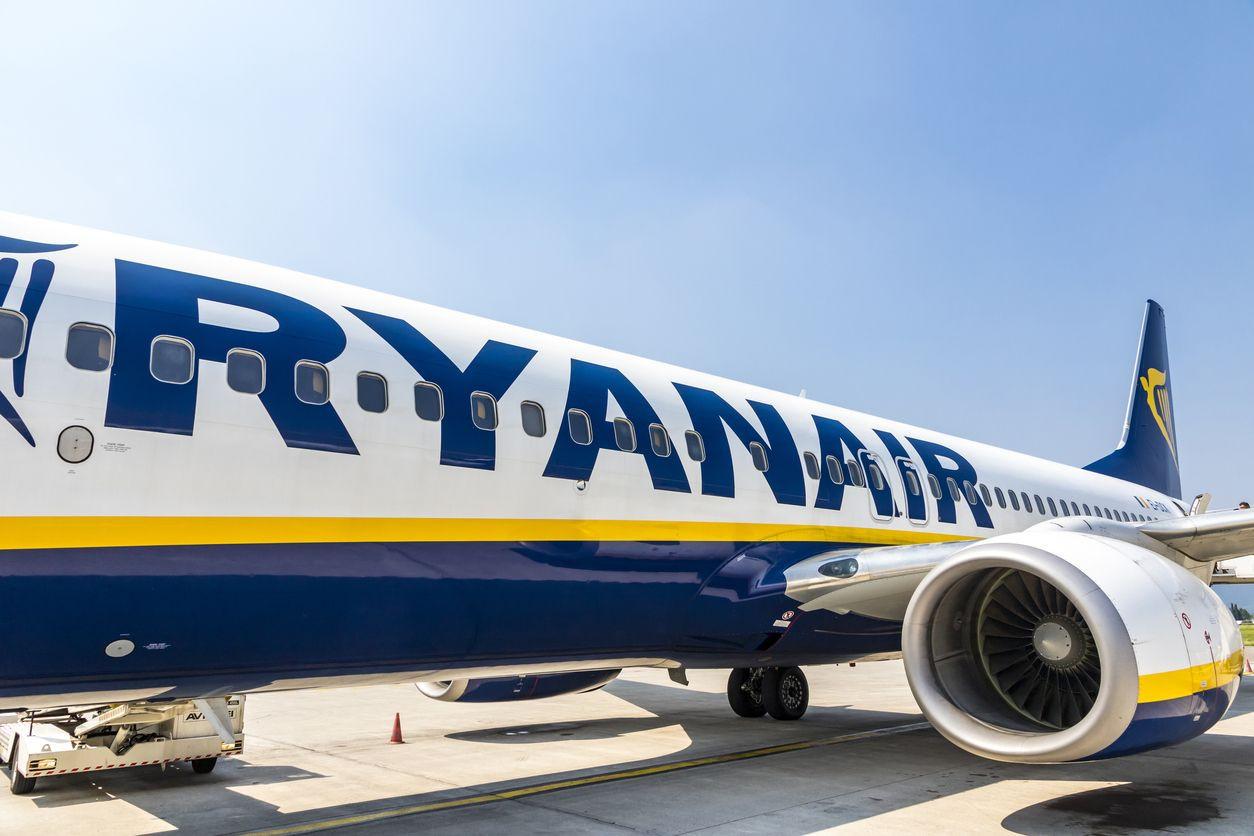 Ryanair: Funcionários envolvidos em foto encenada chamados para reunião