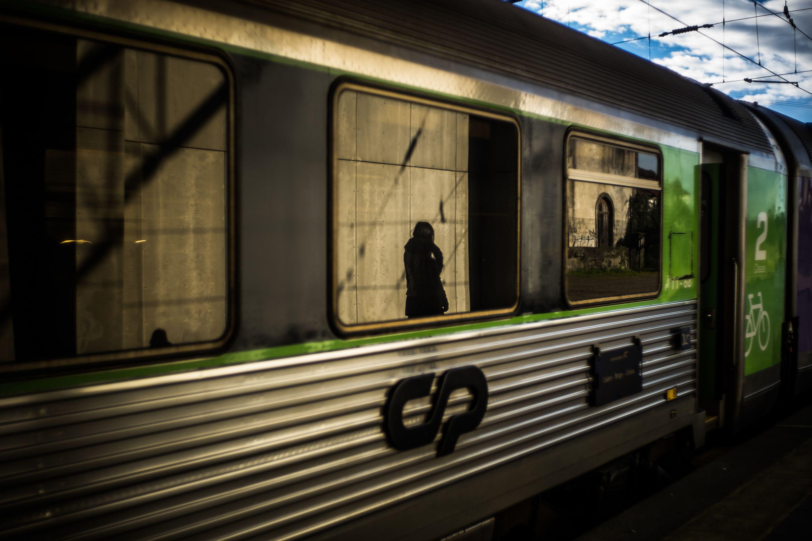 """A """"insuportável"""" viagem de comboio Lisboa-Guarda sem ar condicionado"""