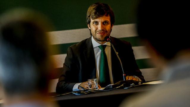 A 'defesa' de Benedito no dérbi que terminou numa mensagem emotiva